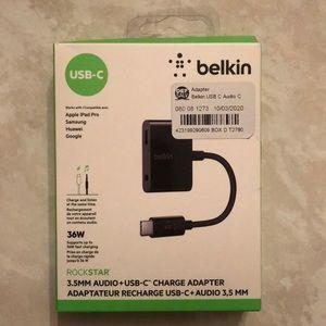 Belkin Rockstar 3.5mm Audio+USB-C Charge Adapter